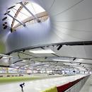 Тканевое декоративное оформление нижней поверхности кровли стадиона.