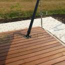Деревянный подиум с решением по расположению опорного башмака стойки оттяжки.