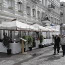 Уличные зонты для летних кафе и веранд. Усиленные конструктивные решения, стабильная установка.
